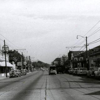Vintage Summer Ave.